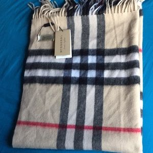 BNWT Authentic Burberry Scarf